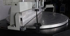 ماشین آلات برش اتوماتیک پروفیل آلومینیوم
