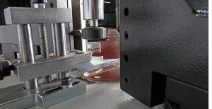دستگاه پرس هیدرولیکی گوشه آلومینیوم